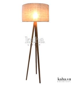 Đèn sàn gỗ 3 chân KH-DS001
